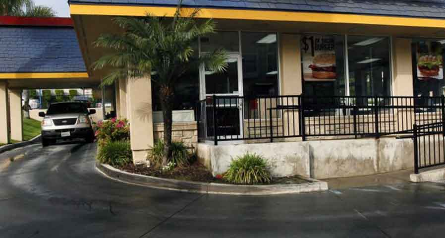 Fast Food Organization - Sign and Lighting Scheduled Maintenance Case Study - Blog Image
